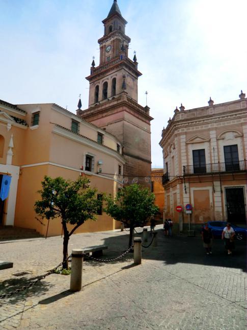 Kleiner Spaziergang durch die Innenstadt des romantischen Carmona nahe Sevilla