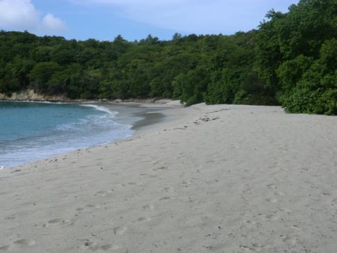 Der Anse la Roche Beach an der Nordwestküste von Carriacou