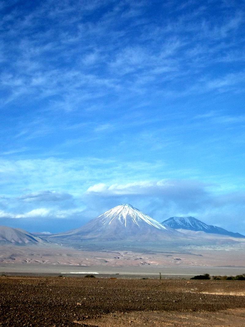 Ausblick auf den Licancabur an der Grenze zwischen Bolivien und Chile