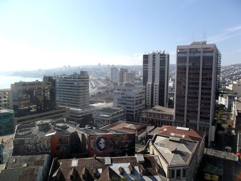 chile_033_valparaiso_panorama