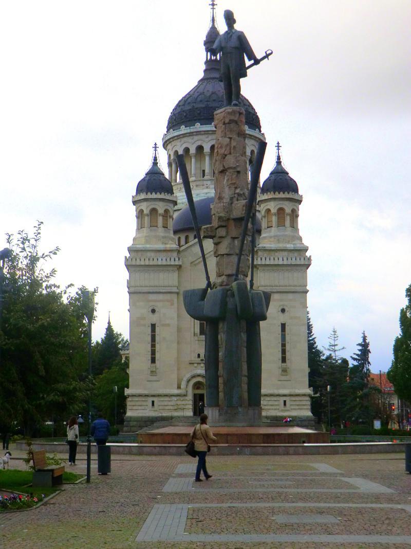 Die sehenswerte Altstadt von Cluj-Napoca, hier die orthodoxe Kirche am Piata Iancu