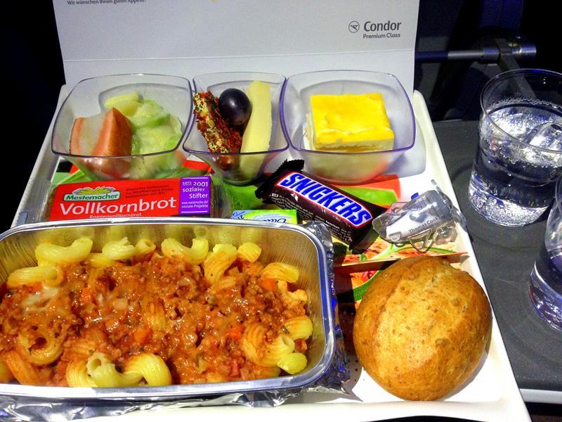 Die Premium Economy Class von Condor auf dem Flug in die Dominikanische Republik