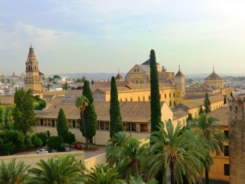 Blick vom Turm des Alcazar auf die Mezquita-Kathedrale