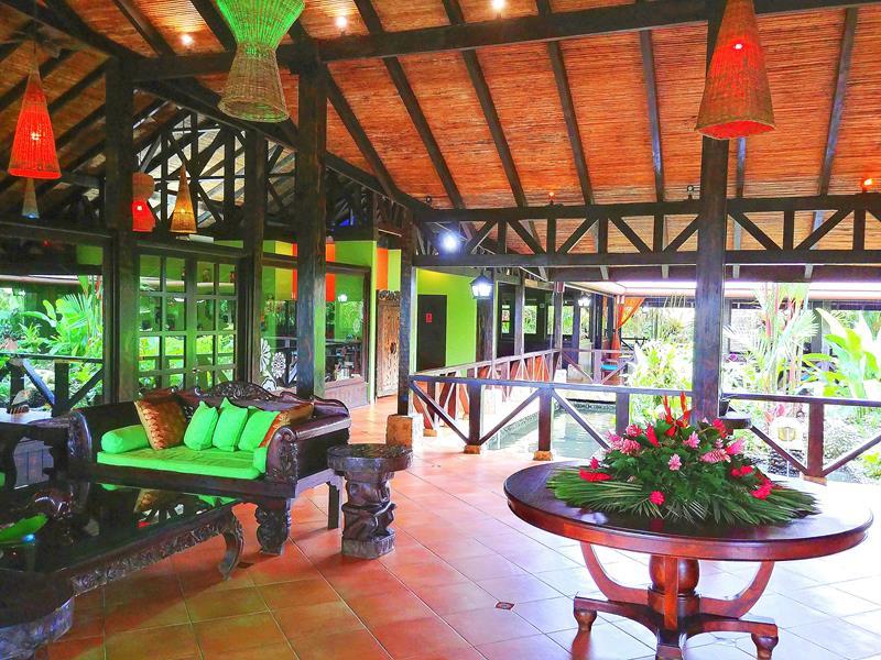 Die Lobby des Rio Celeste Hideaway Hotel in Costa Rica