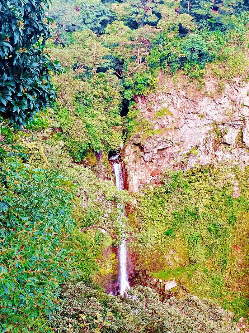 Ein versteckter Wasserfall in der Nähe des Rincon de la Vieja Nationalpark