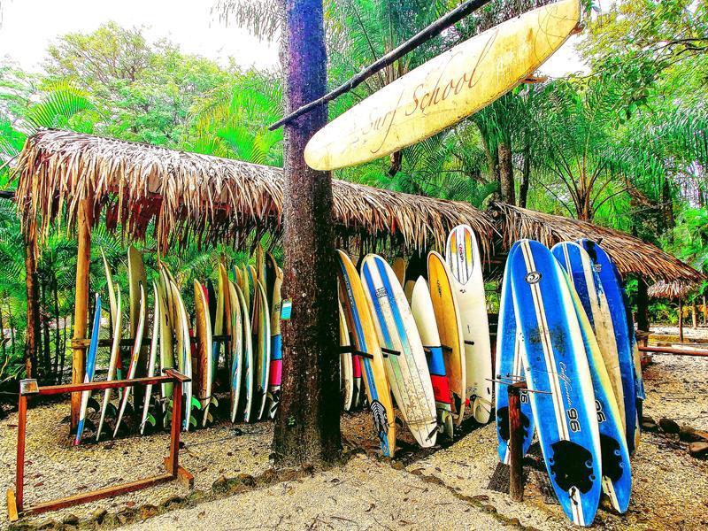Der kleine Surfer-Ort Santa Teresa auf der Nicoya-Halbinsel