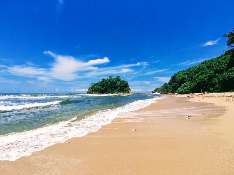Einer der Strände von Nosara in Costa Rica, der Playa Pelada
