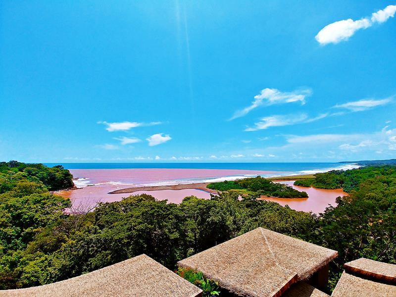 Einer der Strände von Nosara in Costa Rica, der Playa Nosara