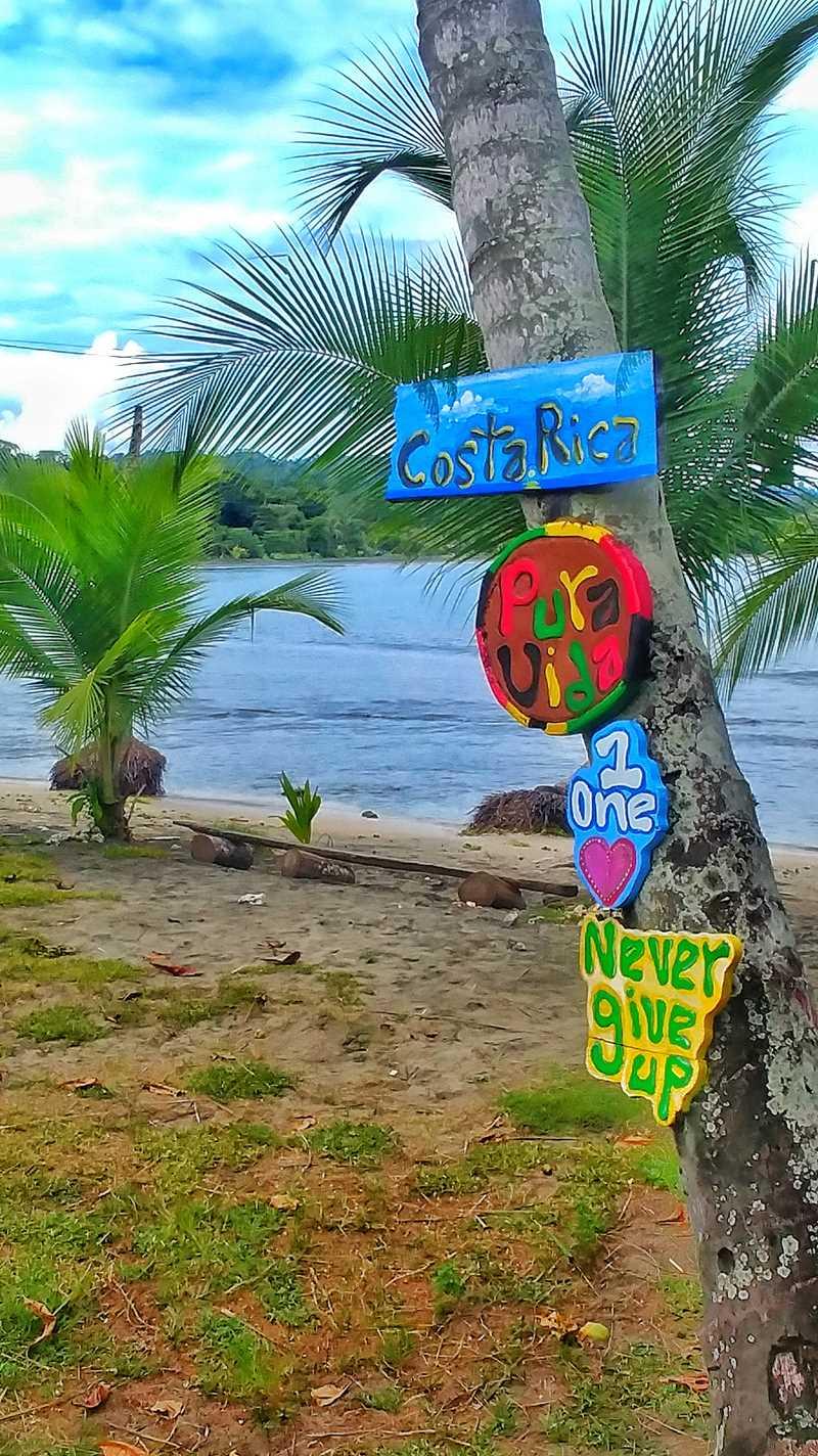 Der beliebte Ort Puerto Viejo an der Karibikküste von Costa Rica