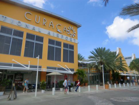 Der internationale Flughafen von Curacao in Hato