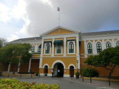 Das Fort Amsterdam, bekannteste Festungsanlage von Willemstad und Curacao