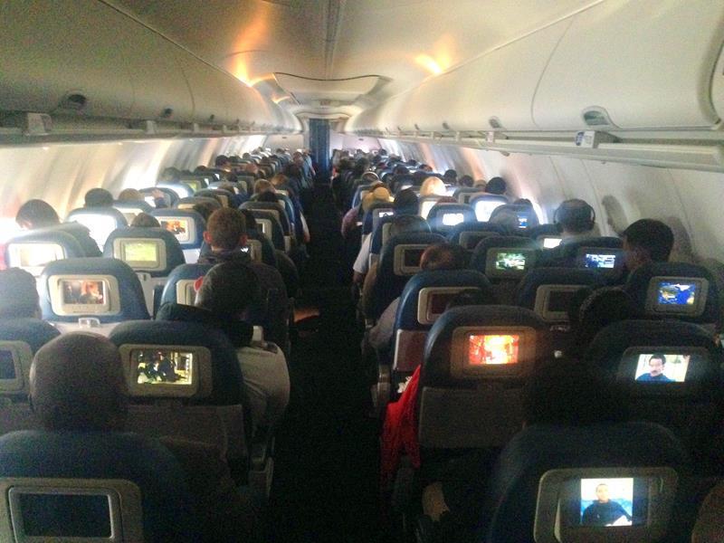 Flug in der Economy Class mit Delta Airlines