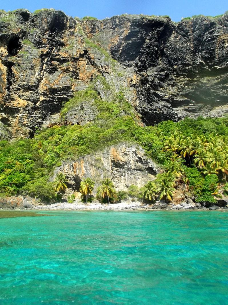 Die Steilküste von Las Galeras auf dem Weg zur Playa Fronton