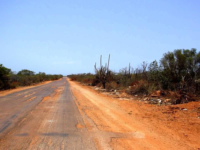 Straße zwischen Pedernales und Cabo Rojo