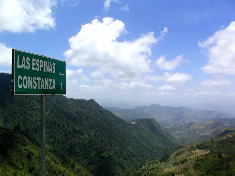 Spektakuläre Szenerie auf dem Weg durch den Parque Nacional Valle Nuevo