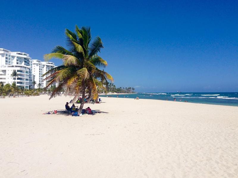 Der Hemmingway Beach in Juan Dolio in der Nähe von Santo Domingo