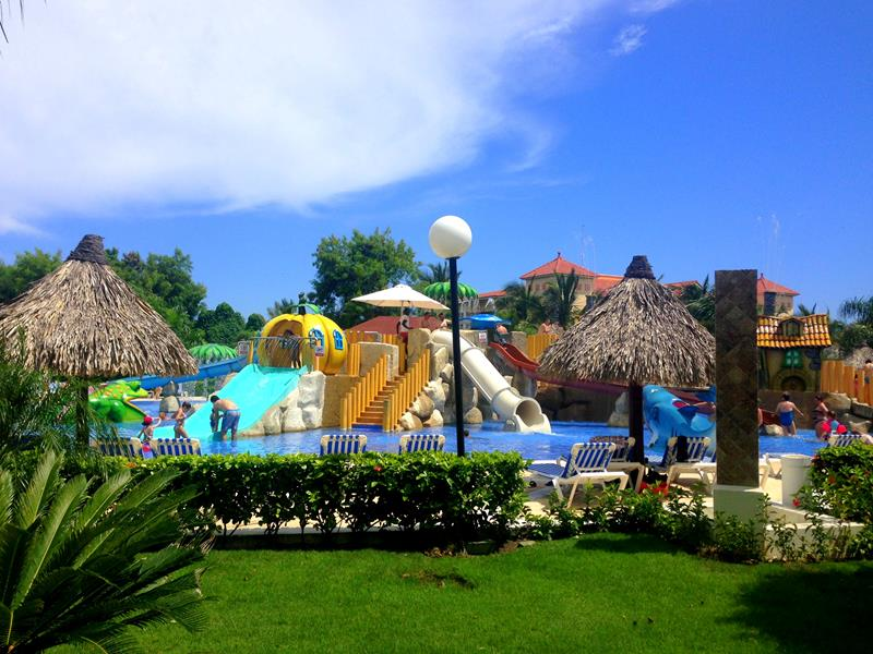 Das Hotel Luxury Bahia Principe Ambar in Punta Cana