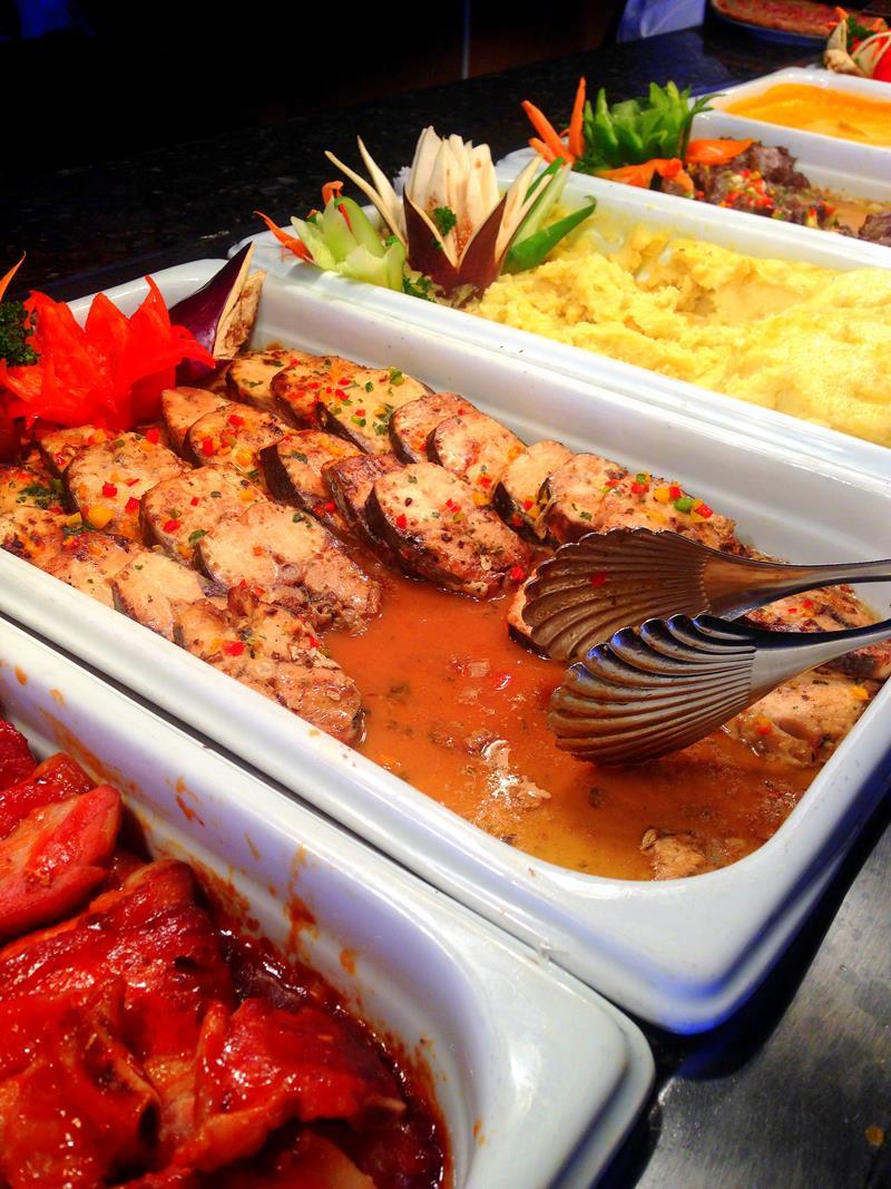 Kulinarisches Vergnügen in einem der Restaurants des Luxury Bahia Principe Ambar in Punta Cana