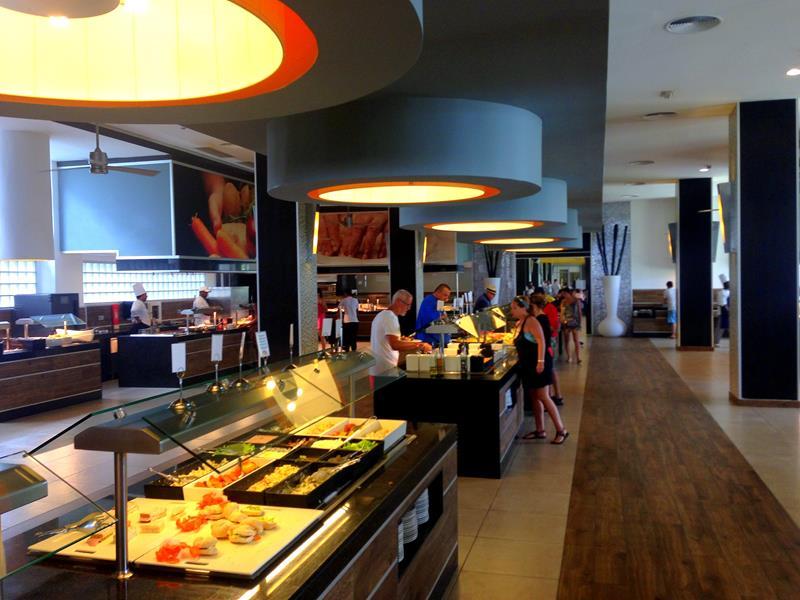 Vielfältige Gastronomie im RIU Republica in Punta Cana