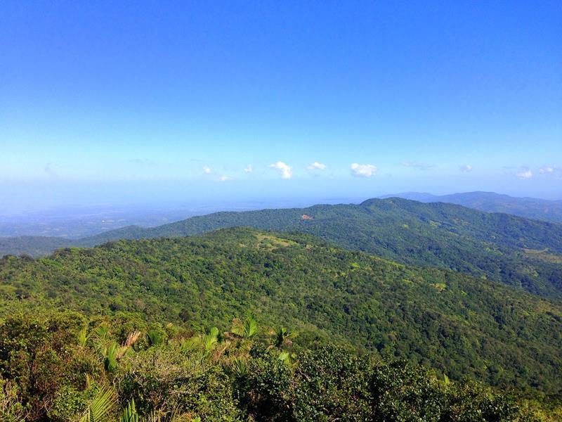 Ausblick vom Loma Quita Espuela in der Cordillera Septentrional