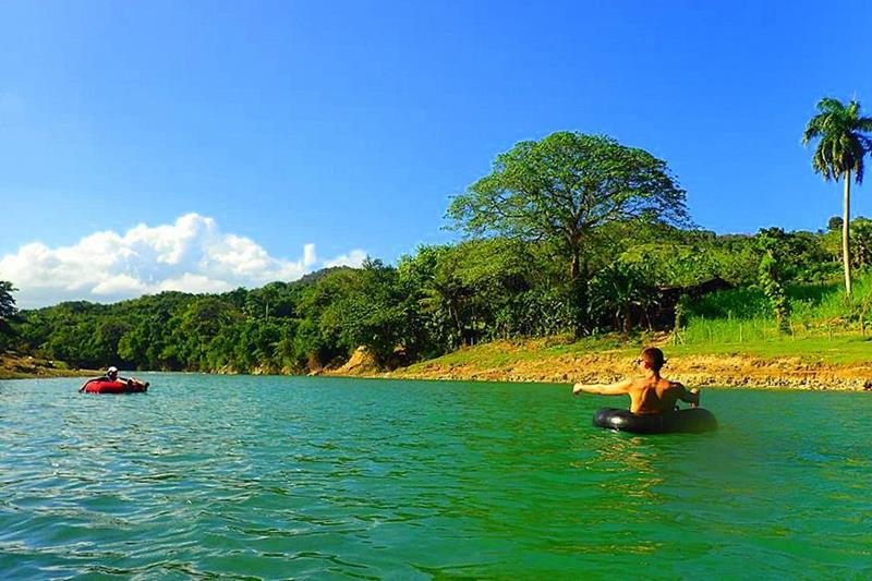 Der Rio Yasica in der Cordillera Septentrional, auf dem man auch River Tubing unternehmen kann