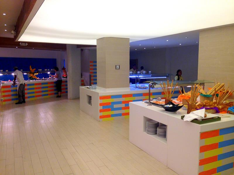 Das Buffet im Viva Wyndham Tangerine in Cabarete