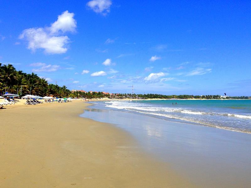 Ewig lange Strandspaziergänge sind möglich im Viva Wyndham Tangerine