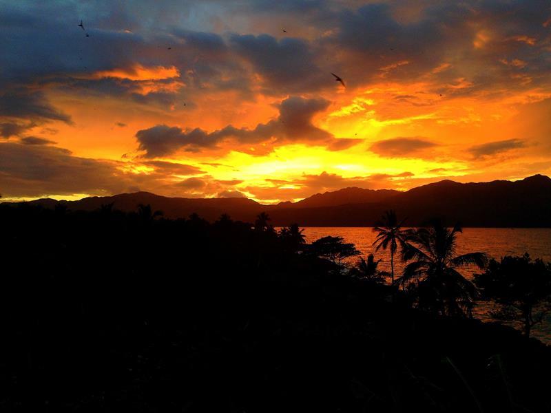 Sonnenuntergang auf der Halbinsel Samaná in der Dominikanischen Republik