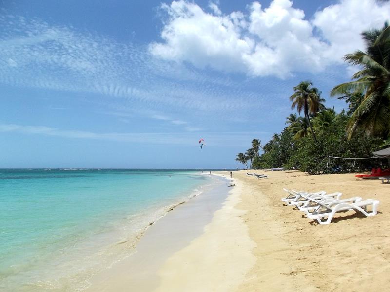Der Playa Punta Popy im Ortskern von Las Terrenas