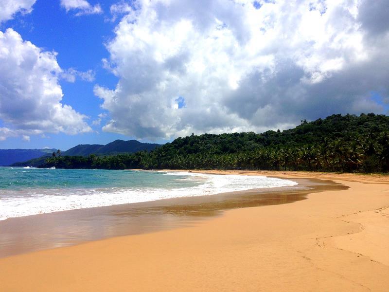 Der Playa Lanza del Norte auf der Halbinsel Samaná in der Dominikanischen Republik