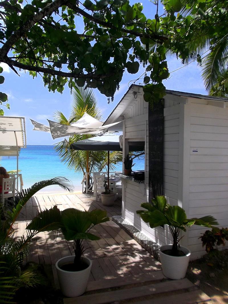 Eine der typischen Beach Bars in Las Terrenas