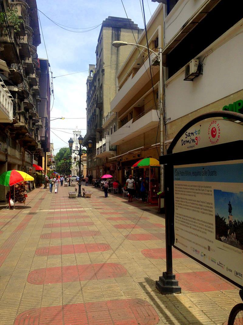 Die Calle Conde, die wichtigste Fußgängerzone in Santo Domingo