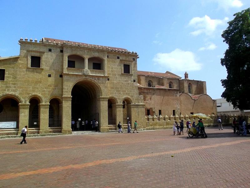 Die älteste Kathedrale der Neuen Welt, die Basilika von Santo Domingo