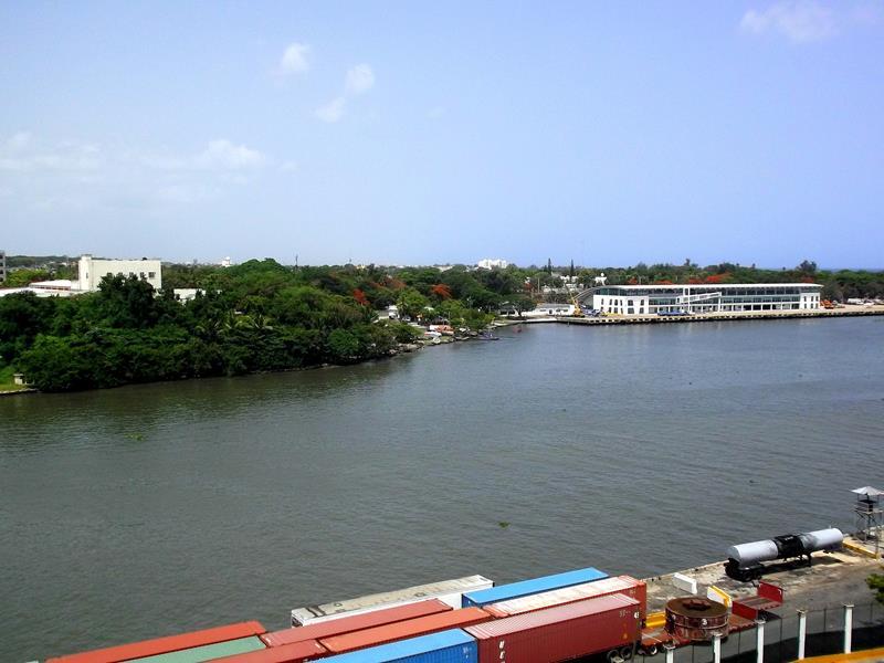 Blick von der Zona Colonial auf den Rio Ozama