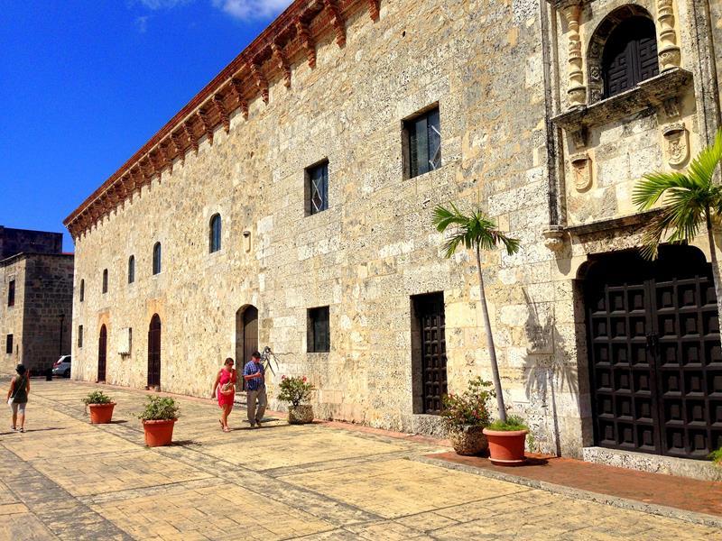 Das Museo Casa Real in der Zona Colonial, quasi das alte Königsmuseum