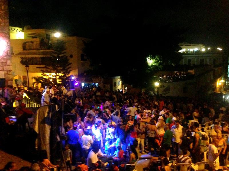 Bonye, ein Volksfest und absolutes Muss - jeden Sonntagabend in der Zona Colonial