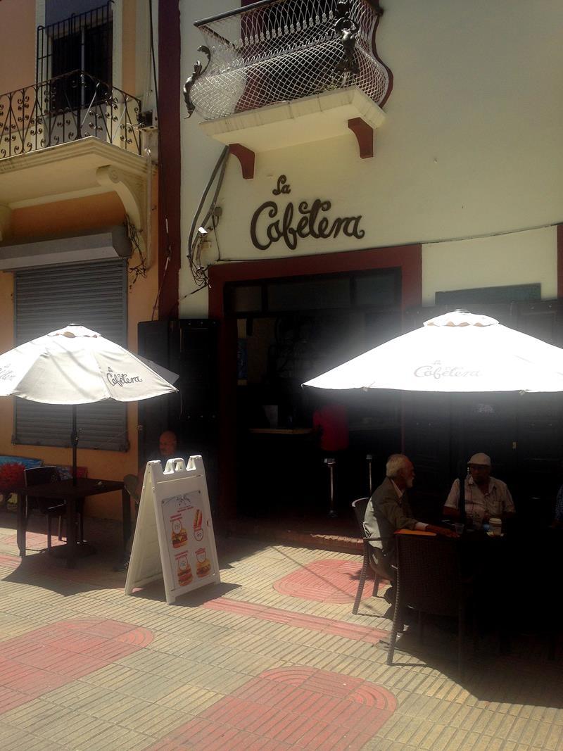 Eine Institution für Café, das La Cafetera in der Calle Conde in der Zona Colonial
