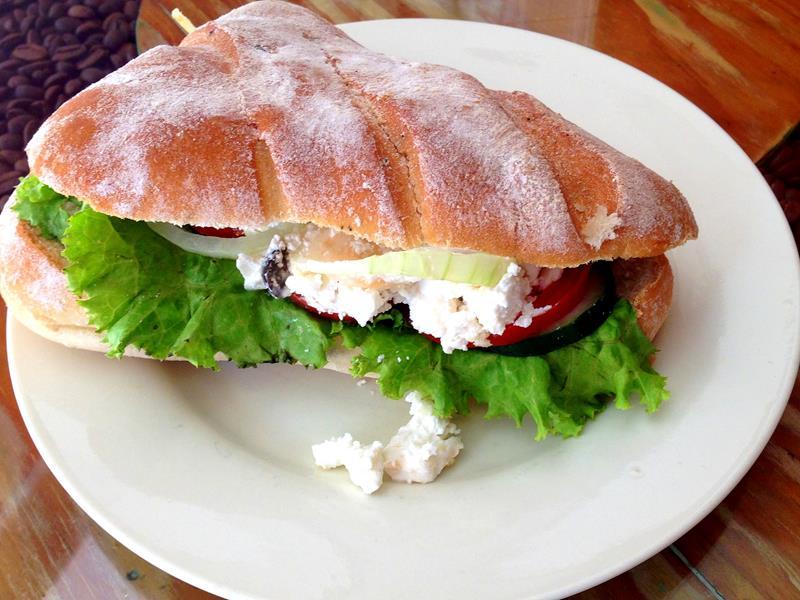Im Café La Moricette gibt es die besten Sandwiches der Zona Colonial