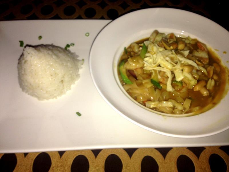 Asiatisches Essen im Now Larimar
