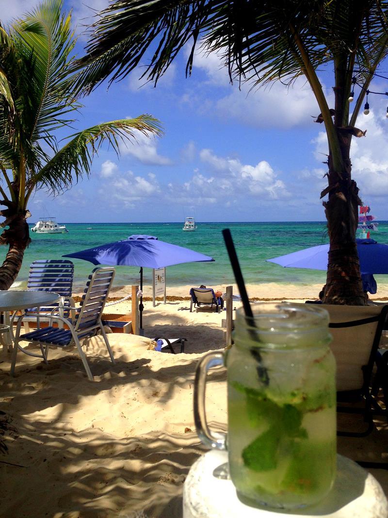 Der Eleven Palms Beach Club in Punta Cana-Bavaro