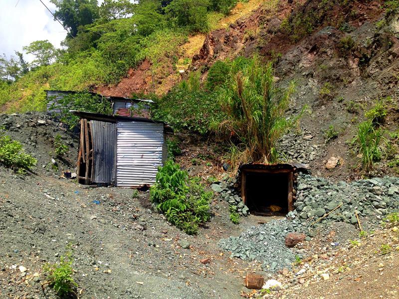 Die Larimar-Mine bei Barahona im Südwesten der Dominikanischen Republik