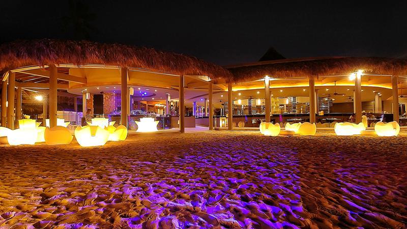 Der Lounge- und Bar-Bereich im Paradisus Punta Cana