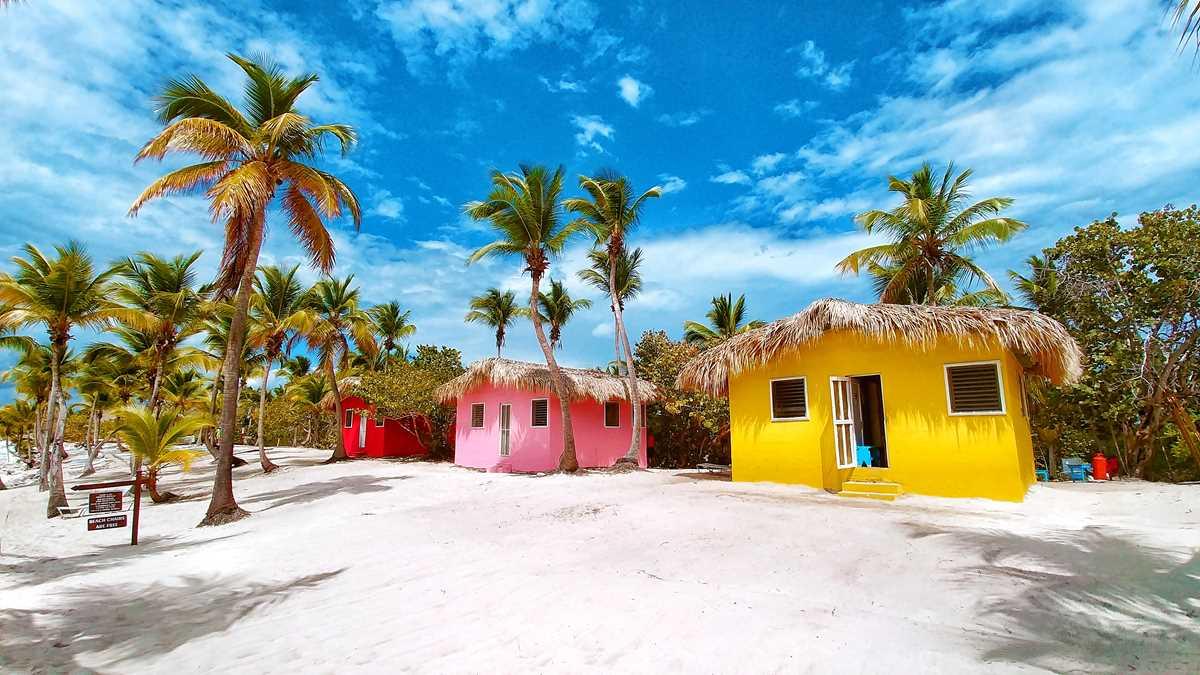 Karibische Atmosphäre auf der Isla Catalina im Süden der Dominikanischen Republik