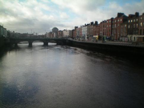 River Liffey von der Millenium Bridge