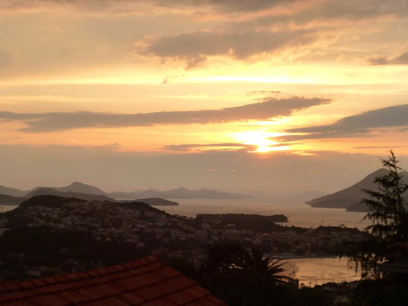 Traumhafter Sonnenuntergang über Dubrovnik