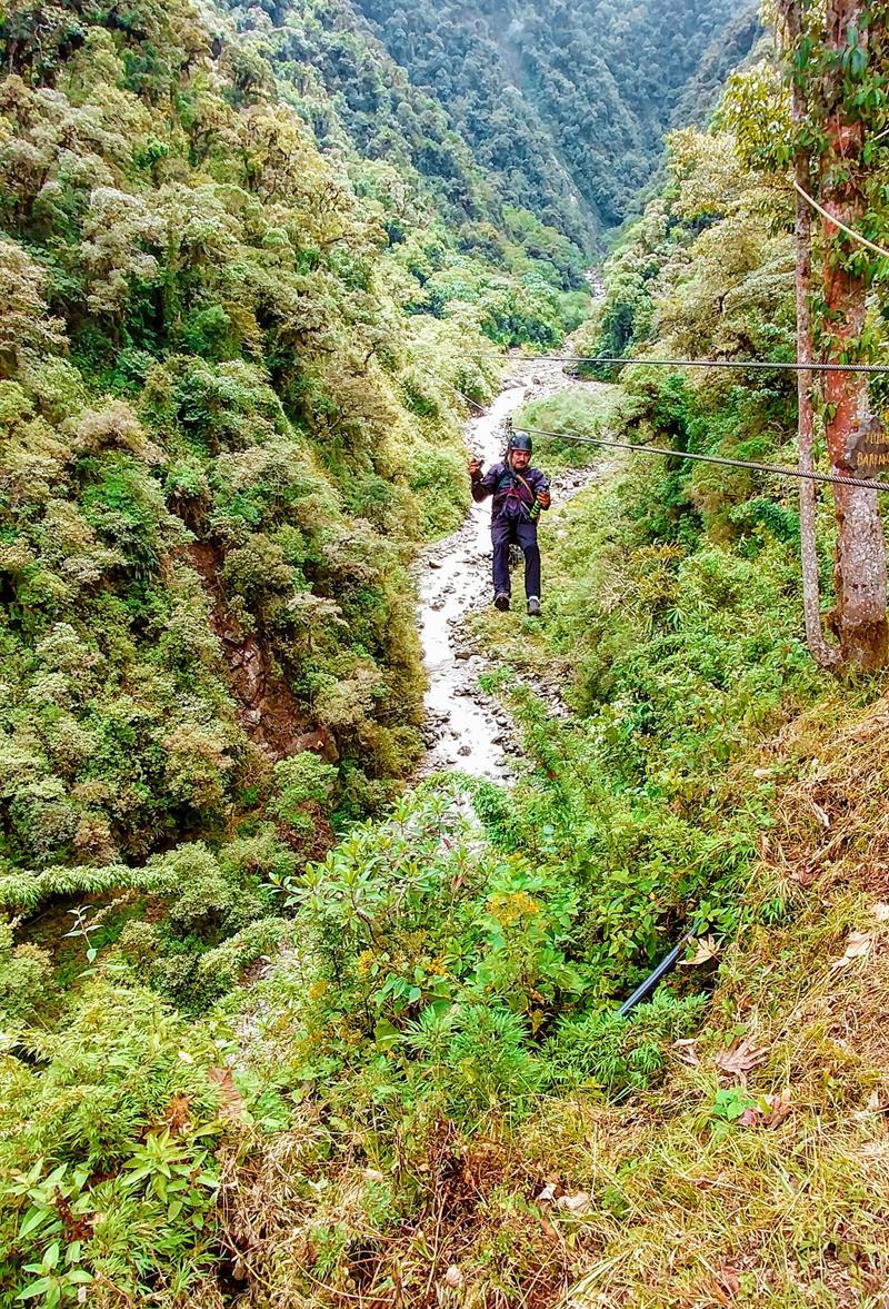 Günstiges Ziplining im Outdoor-Paradies Baños in Ecuador