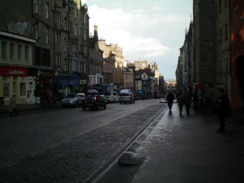 Die Royal Mile - Paradestraße vom Edinburgh Castle zum Holyrood Palace
