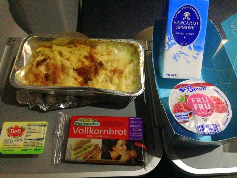 Dürftiges Essen auf der Langstrecke bei Eurowings in der Economy Class