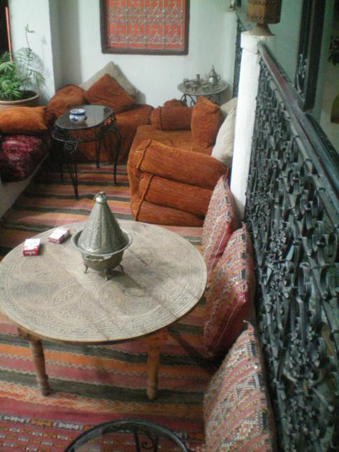 Die offene Lobby in dem Riad lalla Fatima