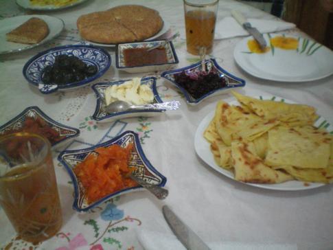 Frühstück im Riad lalla Fatima in Fez, Marokko
